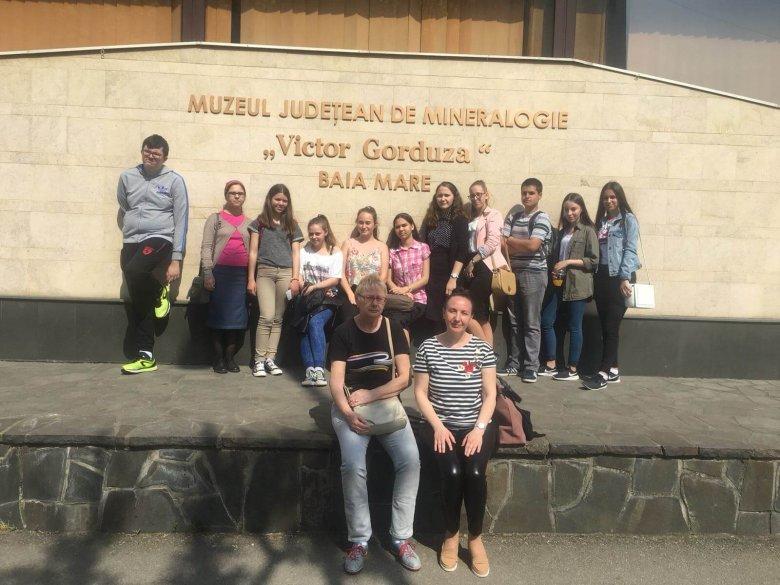Vizitarea Muzeului de Mineralogie, Baia Mare, Clasa a X-a B